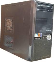Computador Pentium(R) Dual-Core E5500 2.80GHZ, memória 4GB, HD 300GB, gravadora CD/DVD