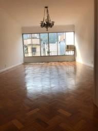Botafogo três quartos, 225 m2, 3.500