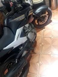 Moto Fazer