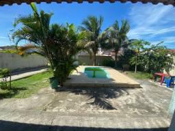 2 Casas - Piscina - Terreno Amplo 444,64m² CÓD: CDN005