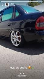 Vendo rodas 17 com pneu em bom estado