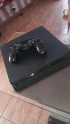 PlayStation 4 semi novo!!