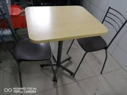 Mesas e cadeiras restaurante