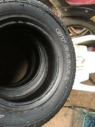 Vendo 4 pneu acima de meia vida