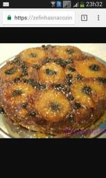 Aquela torta de abacaxi com ou sem ameixas e ou chocolate