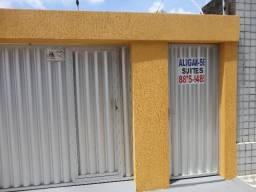 Casa em Ponta Negra - Perfeita para sua empresa - Junto à Feirinha