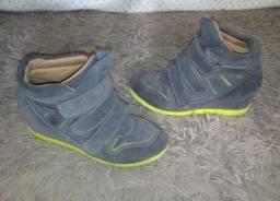 Sneaker ou Tênis com Salto