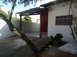 Alugo Excelente Casa 3 Quartos (Suite) Prox Abel Cabral