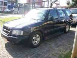 Chevrolet Blazer Executive 4.3 automática - 2000