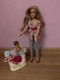 Barbie pediatra de bebê