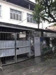 Apartamento em Benfica com 04 quartos