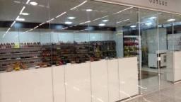 Vende-se Loja de Calçados dentro do Muffato da av. Maripa