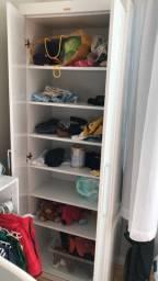 Quarto do bebê completo (Berço+colchão+cabideiro+ armário)
