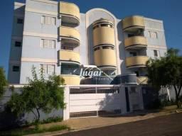 Apartamento com 3 dormitórios para alugar por R$ 1.300,00/mês - Jardim São Francisco - Mar