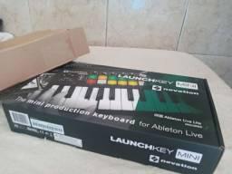 CONTROLADOR MIDI NOVATION