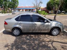 Ford Fiesta Sedan 1.6 Flex Completo