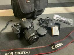 Câmera Canon T4i