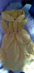 Vendo esse vestido de bela e a fera