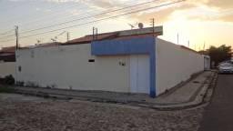 Casa com 4 Suítes e piscina na morada do Sol