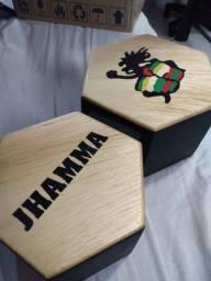 Bongô de madeira Jhamma Praiano.