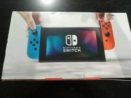 Nintendo Switch funcionando 100% Excelente estado de conservação
