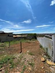 Terreno localizado no Guarani. 84m2