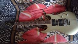 Guitarra Maycon valor 500 reias