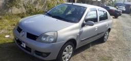 Título do anúncio: Renault Clio Sedan 1.0 16v Authentique Hi-flex 4p