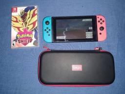Nintendo Switch + Pokémon Shield