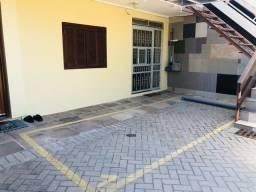 Apartamento térreo ou 1º andar com 1 quarto e vaga coberta