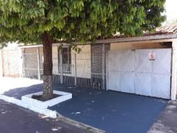 Casa com 2 Quartos na Av. Ponce de Arruda na Vila Operária-Rondonópolis