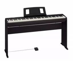 Piano Digital 88 teclas Roland FP10 C/ Estante