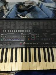 Teclado Yamaha psr 510 com manual e fonte