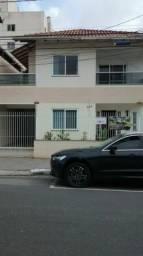 Alugo Casa em Balneário Camburiu R$ 35,00 por dia por pessoa.