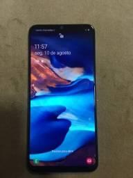 Vendo Samsung a50 64g faz 950  pra buscar