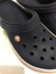 Vendo sandalha Crocs tamanho 41