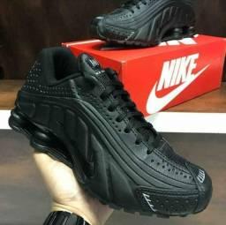 Nike Shox R4 nike
