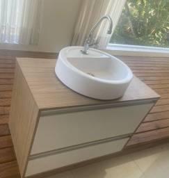 Armário de banheiro lindo em MDF completo