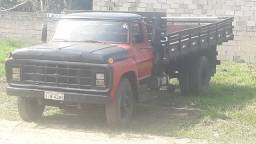 Ford f 600 $ 17.000