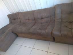 Vendo um sofá