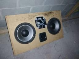Caixa de som, 2 subwoofer, 1 corneta e 1 super twitter