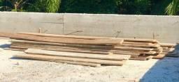 Vendo escoras e madeiras para caixaria