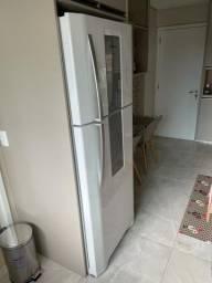 Refrigerador Electrolux Infinity DF82, 55L Branca