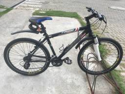 Bicicleta Proshock Aro 26/ 24 marchas Usada