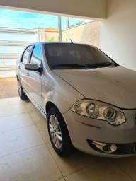 Siena 1.8 HLX 2010