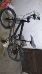 Bike Aro 20 pra vender ou troca em uma aro 26  com volta minha
