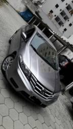 Honda City impecável