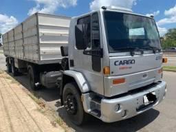 Ford Cargo 4331 2005 Carreta 2 Eixos Graneleira 2003