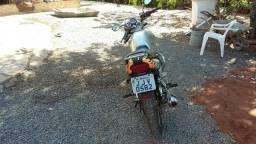 Vendo moto Yes 125 muito boa - 2009