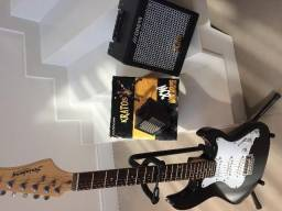 Guitarra Strinberg preta + amplificador Kratos novo